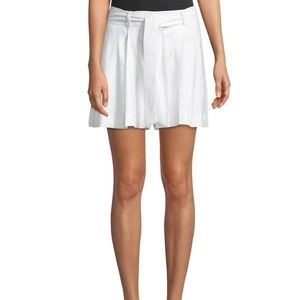 🔴SALE! NWOT Laundry by Shelli Pleated Linen Short